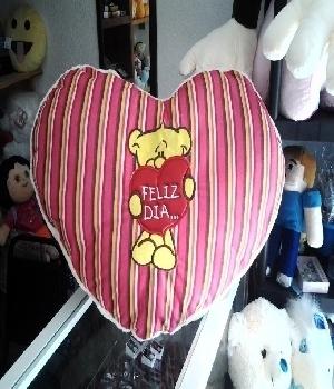 Imagen de Corazón de peluche gigante 70 cms