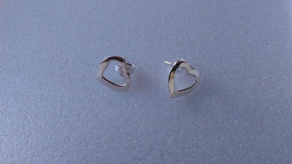 Imagen de Aretes corazones de plata