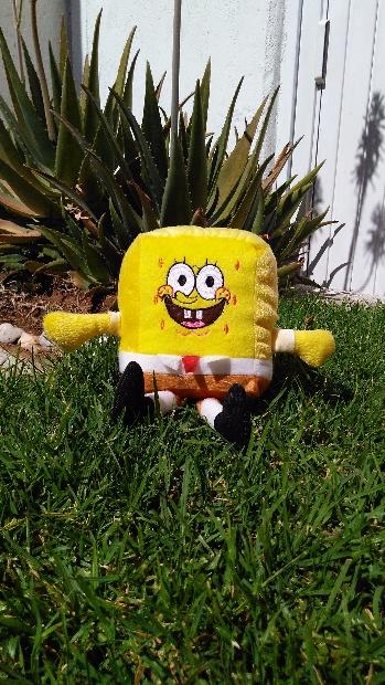Imagen de Bob esponja de peluche 30 cms (con patitas) numero 1