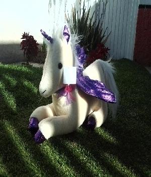 Imagen de Unicornio de peluche mediano II numero 2