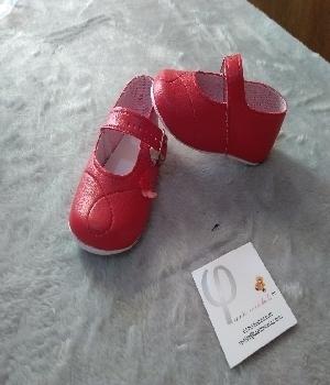 Imagen de Zapatitos rojos para bebe niña